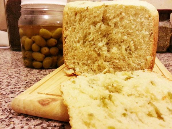 pan de ceitunas verdes